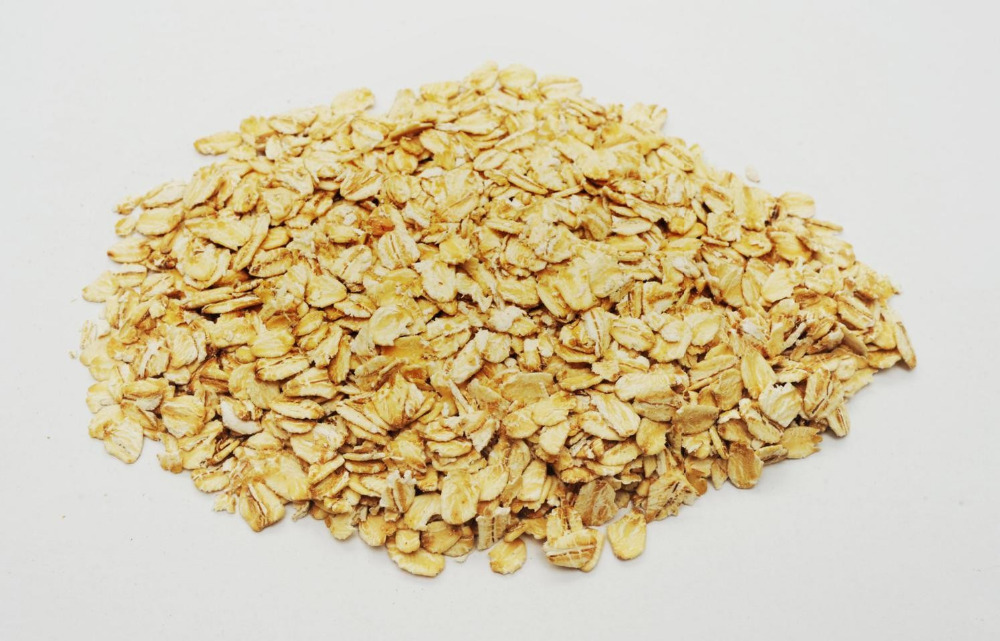 High Quality and Best Quality Oats / Rolled ,Quick ,Instant oats / Unhulled Oats