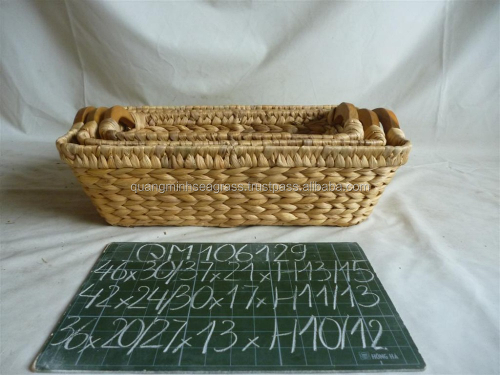 Small size natural water hyacinth bread basket natural cheap price wicker fruit tray nice design rattan stationery basket