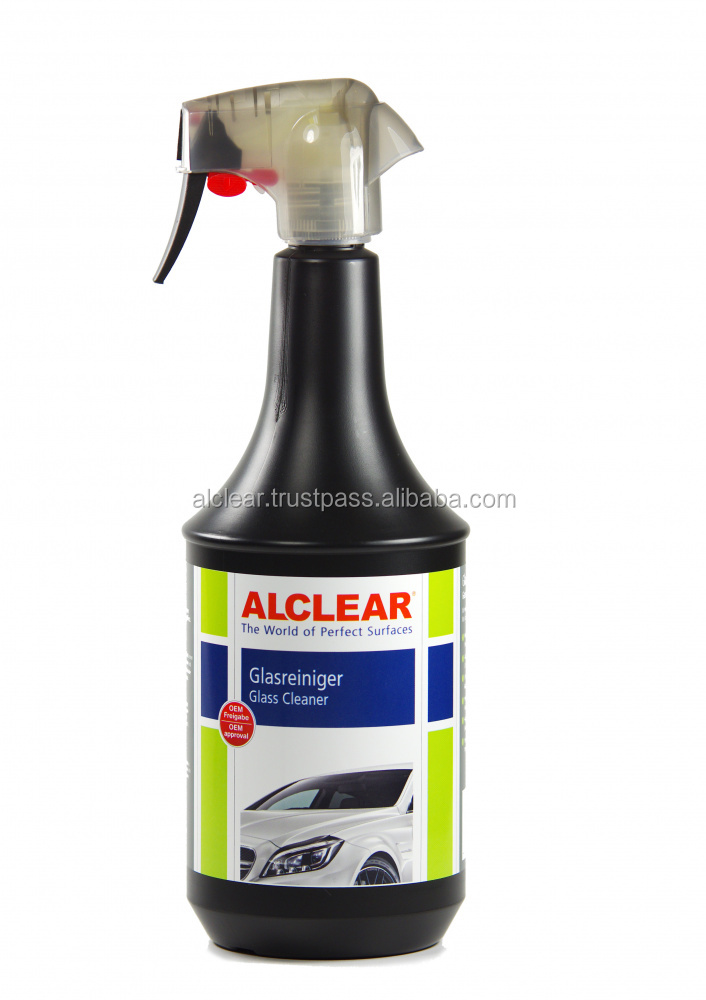 Premium high tech Glass Cleaner with deep gloss and beading effect.