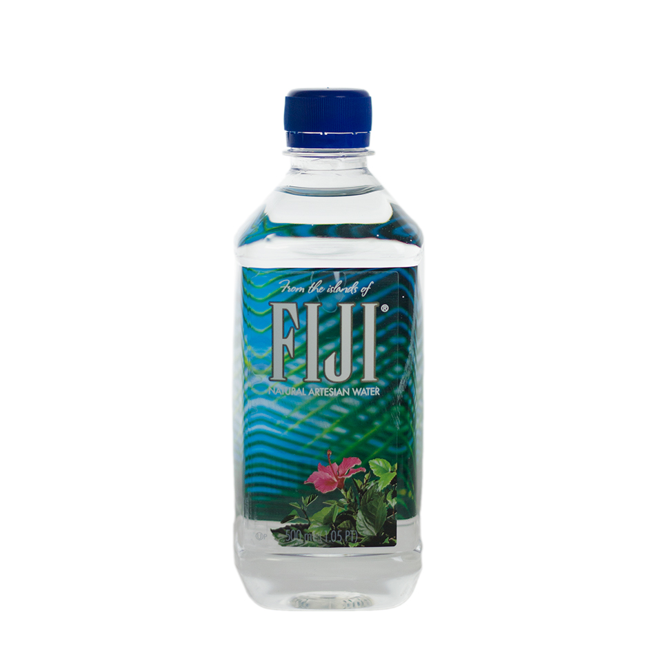fiji water Fiji waterunknown bottled water which very much like starbucks, has a become across the nation, the aqua-elite flock to water bars, where instead of tasting shiraz and pinot noir, they swish and sip $5.