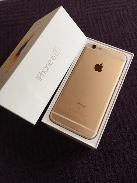NEW DELIVERY FOR APPLE IPHONES All Colors Available 7 / 7 Plus 32GB 128GB 256GB UNLOCKED PHONE