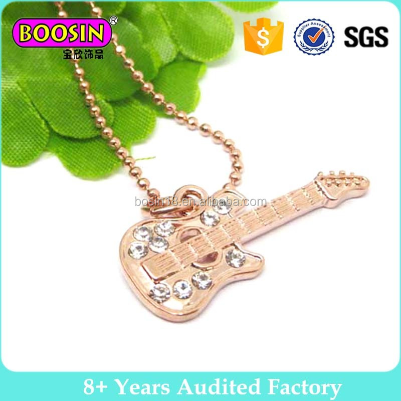 2017 Rose gold heart shape Crystal metal Pendant Necklace