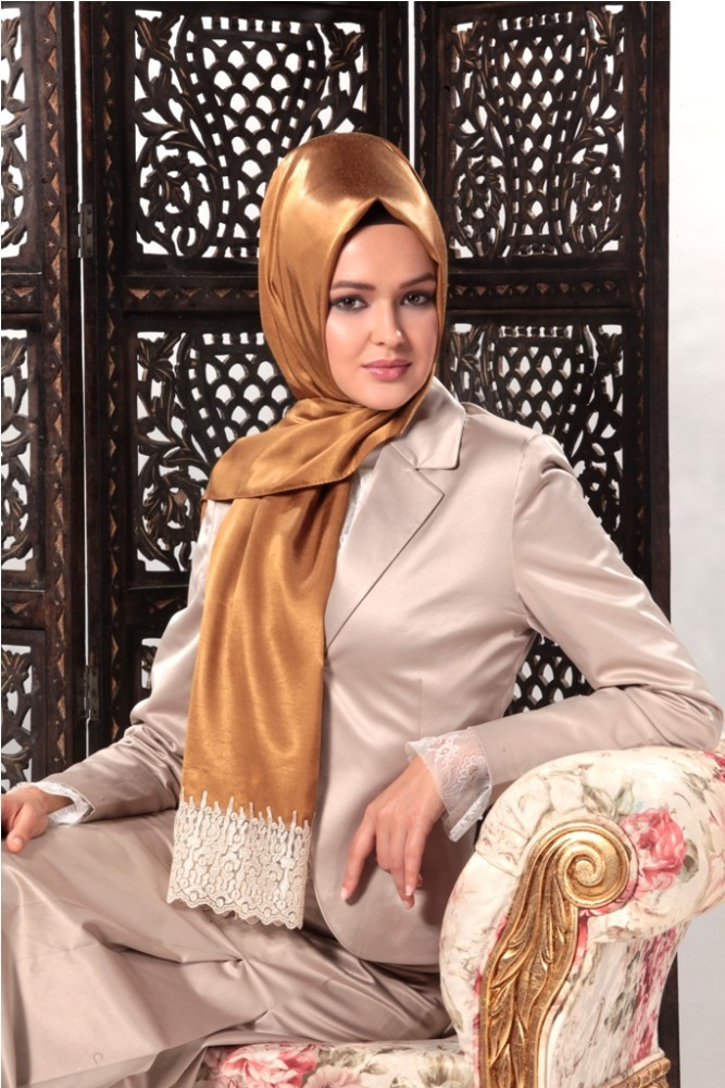 2015 New Style Exclusive High End Silk Looking Laced Hijab shawl 1062