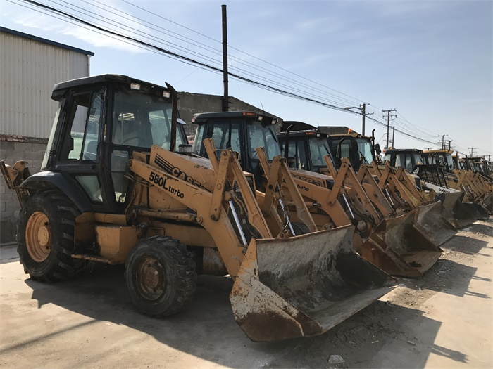 GOOD QUALITY JAPAN ORIGINAL CASE 580L USED BACKHOE LOADER