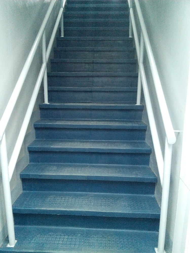 Durable Stair Tread Rubber for indoors and Outdoor