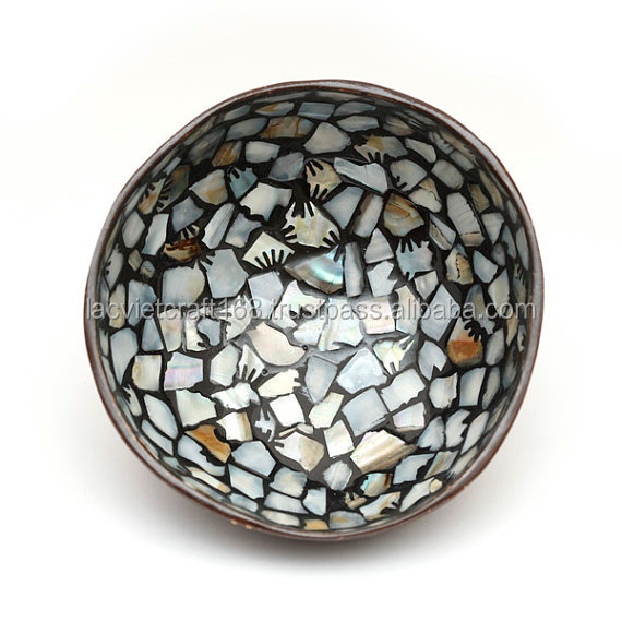 High quality best selling eco friendly lacquer mother of pearl inlay coconut bowl