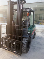 4 ton TCMC diesel forklift forklift attached to truck in shanghai china