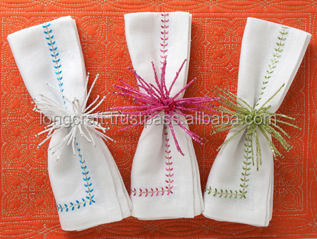 Embroidered linen napkins no.1