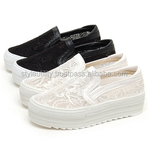 2SSD08330 FLOWER LACE 4.5CM PLATFORM SNEAKERS MADE IN KOREA