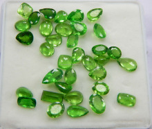 High Quality Tsavorite Natural Gemstone Faceted Stone Wholesale Price