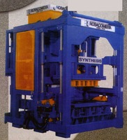 SYNTHESIS TYPE CONCRETE BLOCKS MAKING MACHINE
