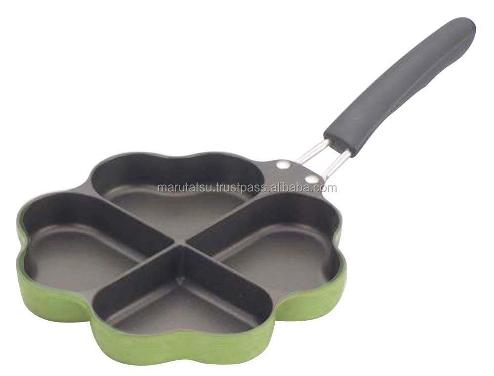 Fashionable and Durable gas frying pan Four-leaf pans calling for happiness for Hot-selling , Insert name also available