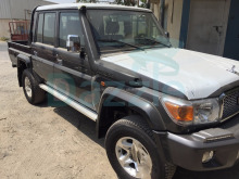 Toyota Land Cruiser Pick-Up GRJ 79 with ABS/Airbag / Differential lock