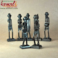 Miniature decoration figures of tribal Africans wood crafts