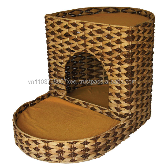 WATER HYACINTH BASKET FOR PET HOUSE.