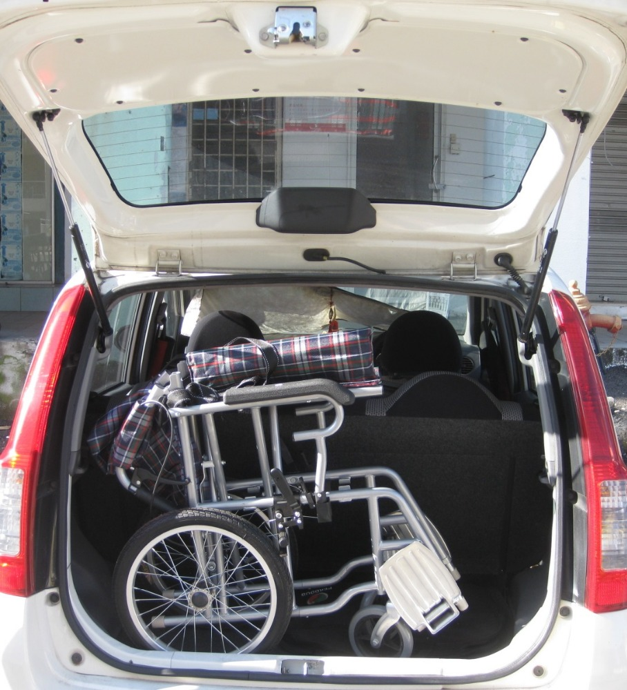 Malaysia travel transit lightweight wheelchair retail wholesale selling online courier to whole Malaysia detachable swing away