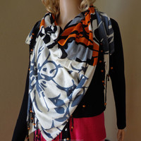 BAMBOO SQUARE PRINTED SCARVES