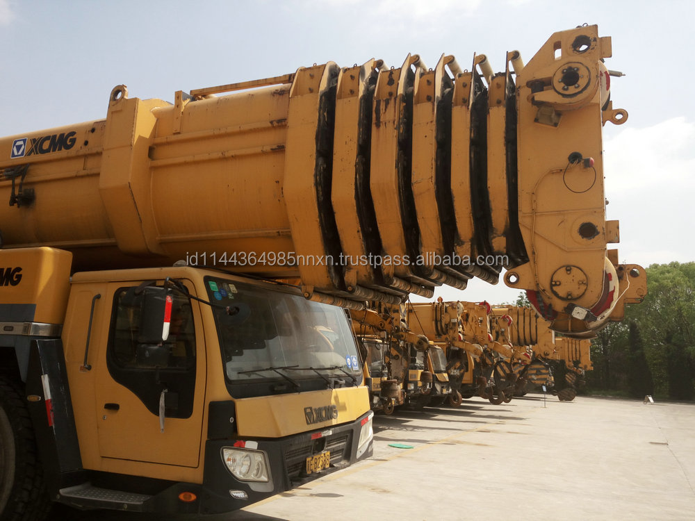 XCMG 500 ton all terrain crane car lift crane first brand in china