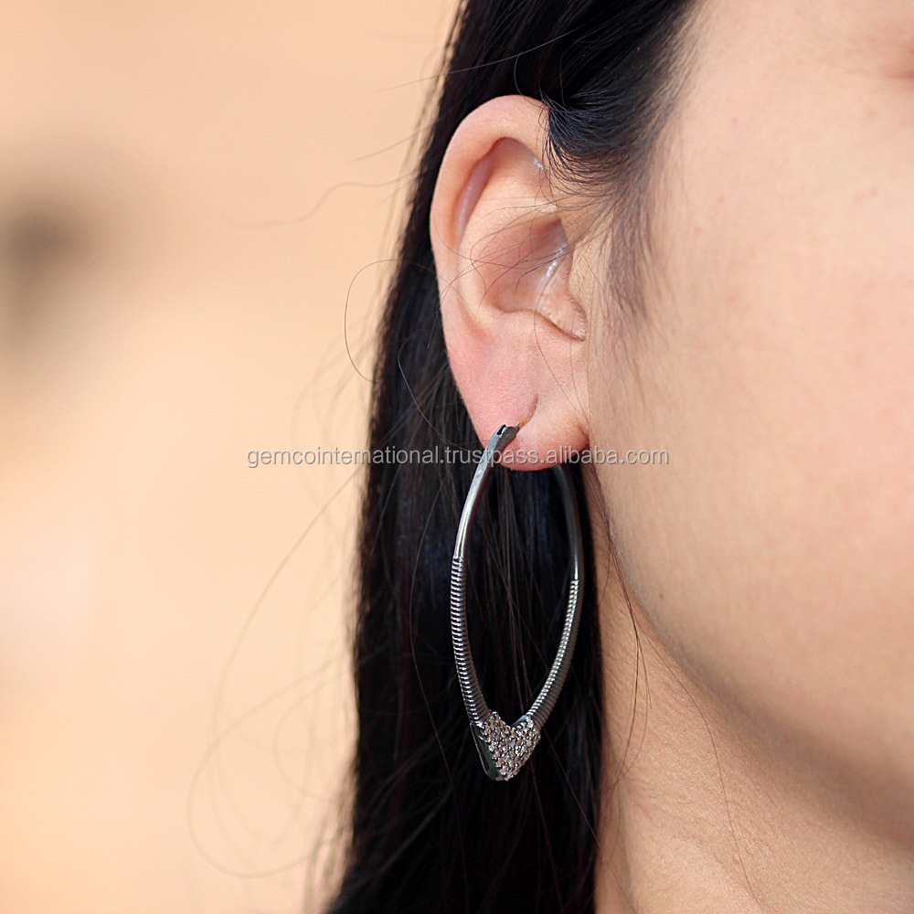 Alibaba Fashion Jewelry by Gemco 925 Silver Pave Diamond Hoop Earrings
