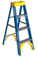 Stepladder Fiberglass 4 ft H 250 lb Cap