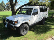 Used Toyota Land Cruiser Hardtop HZJ78R Troopcarrier 13 seats 2005