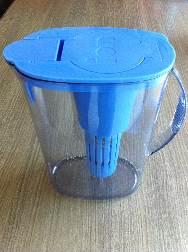 ION PURIFIER PITCHER