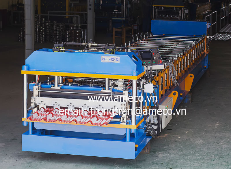 MASTER Step Tile Roofing Roll Forming Machine