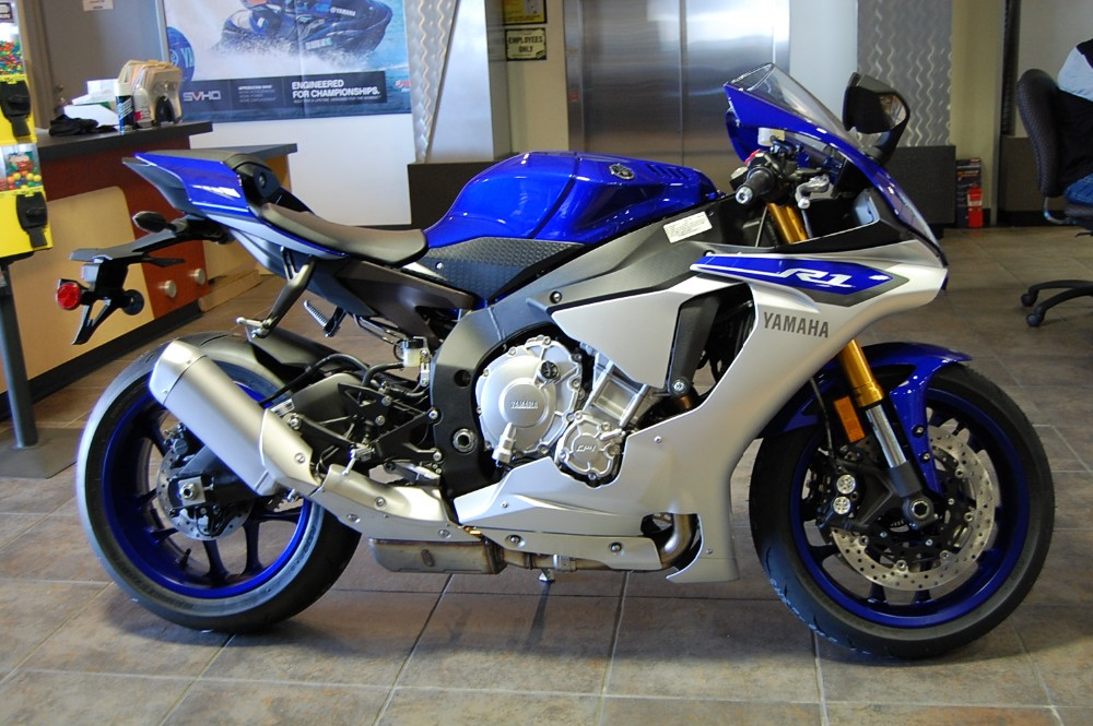 Free Shipping For Used Yamaha YZF-R1 Motorcycle