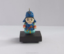 Hot sale polyresin korean boy figurine for keychains decoration