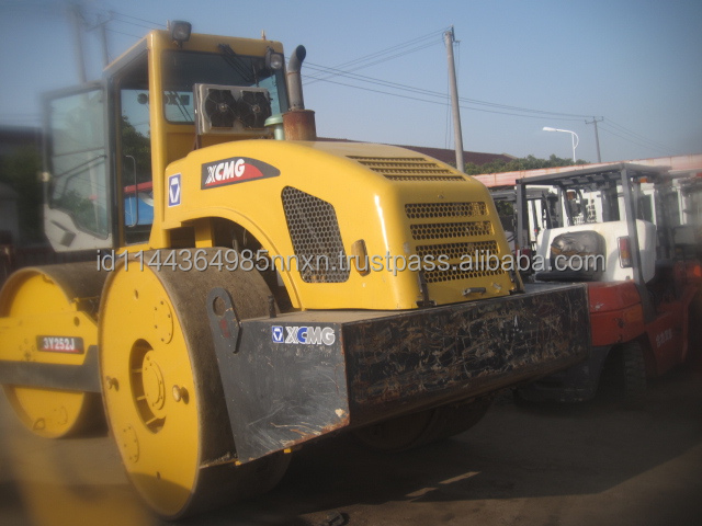 DYNAPAC XCMG 12 ton double drum roller XD122 ingersoll-rand road roller Made in China sell