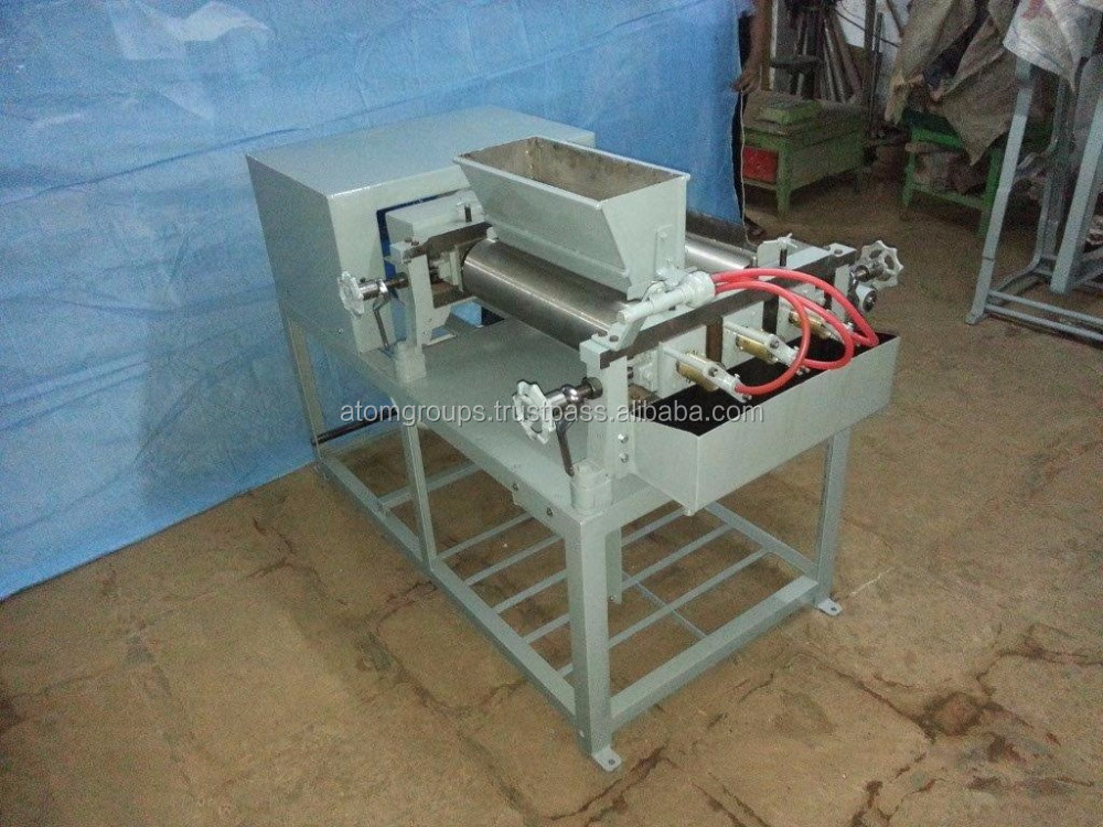 Three Roller High Performance 500 kgs/8h Toilet Soap Milling Machine