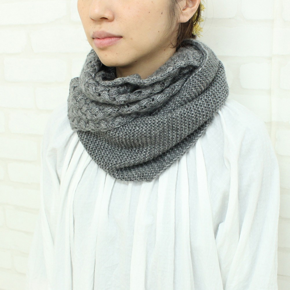 Japan Quality scarves made in china Knit Scarf for Women Other design also available