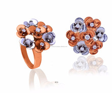 PLUMERIA CLUSTER RING WITH DIAMOND IN 18K ROSE GOLD