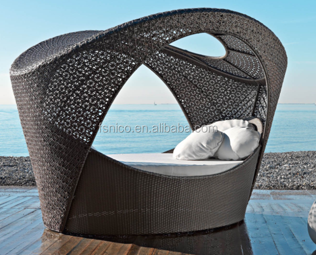 All weather rattan outdoor wicker daybed