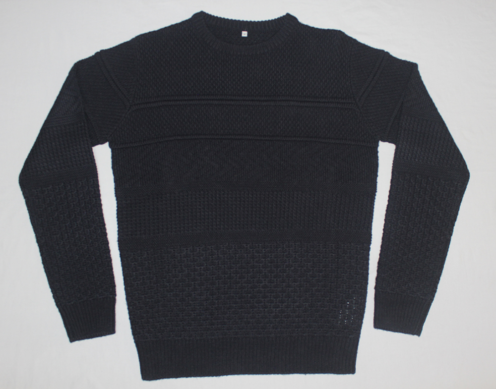 Men's Round Neck Pullover with special stitching