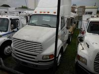 2002 STERLING A9500, D203689