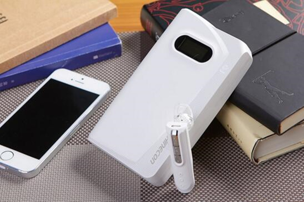 13000mAh multifunction Power Bank Fast Charging with LCD Indicator and Bluetooth 4.0 Headset