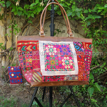 Indian Handmade Embroidered Ladies Hand Bags / Purse