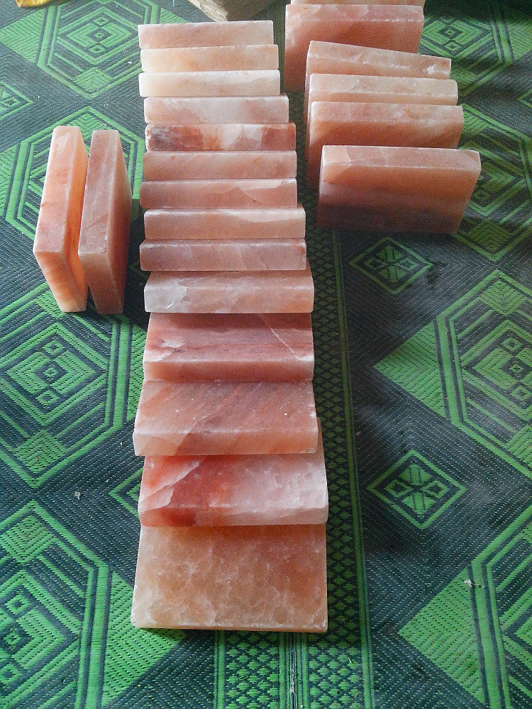 Himalayan Salt Cooking Plates / Slabs / Blocks 8x8x1.5 ""