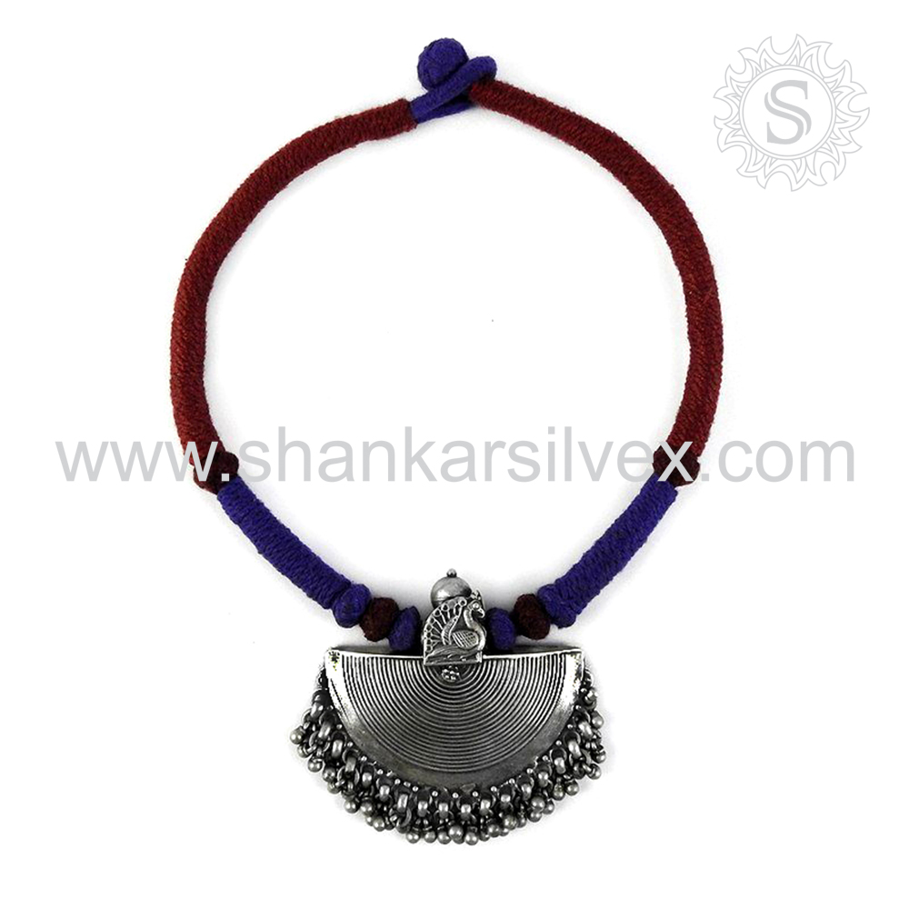 Aristocratic Women Jewelry Plain Silver Oxidized Necklace Supplier 925 Silver Jewelry India