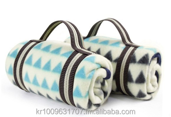triple H string pattern high quality polar fleece portable mini size office picnic travel promotioanl gift lap knee blanket