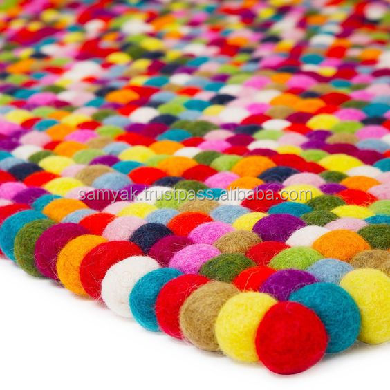 High Quality Nepal Handmade Multicolor Rectangular Felt Ball Carpet/Rug