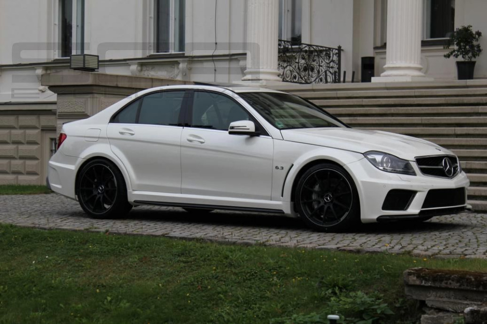 Body kit FOR Mercedes W204 Saloon C C63 AMG Black Series Wide Body Kit