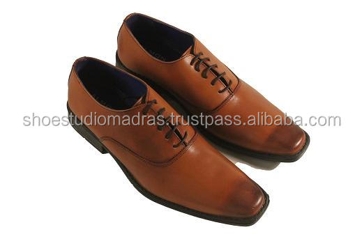 Formal Antic Tan Dress Shoes With TPR Sole For Men
