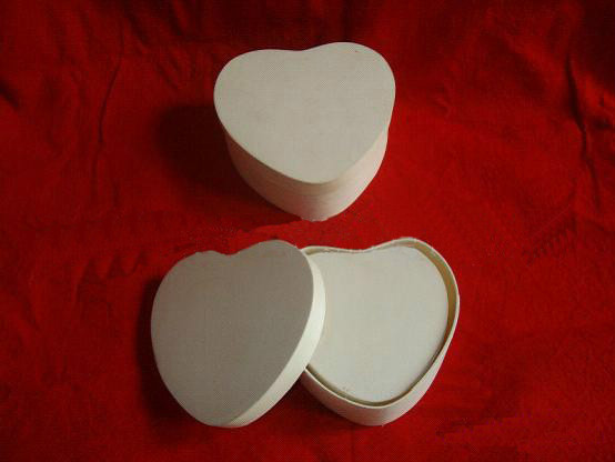 heart shaped wooden chocolate box wholesale