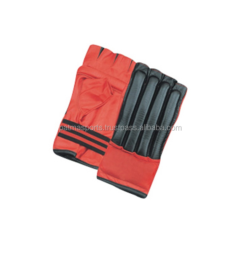 Low Price Hot Selling Wholesale WKF approved karate training equipment karate mitts / Boxing Gear and Apparels