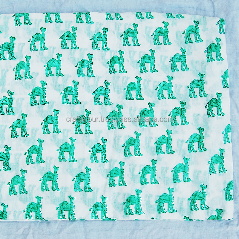 Beautiful Animal Printed Indian Wholesale Natural Cotton White Running Fabric