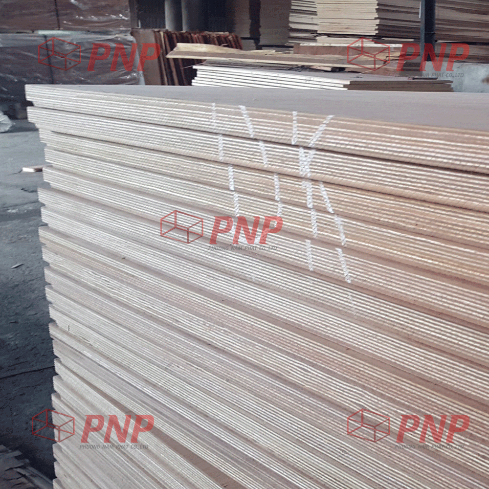 100% Apitong 28mm Container Flooring Plywood with hardwood core WBP glue