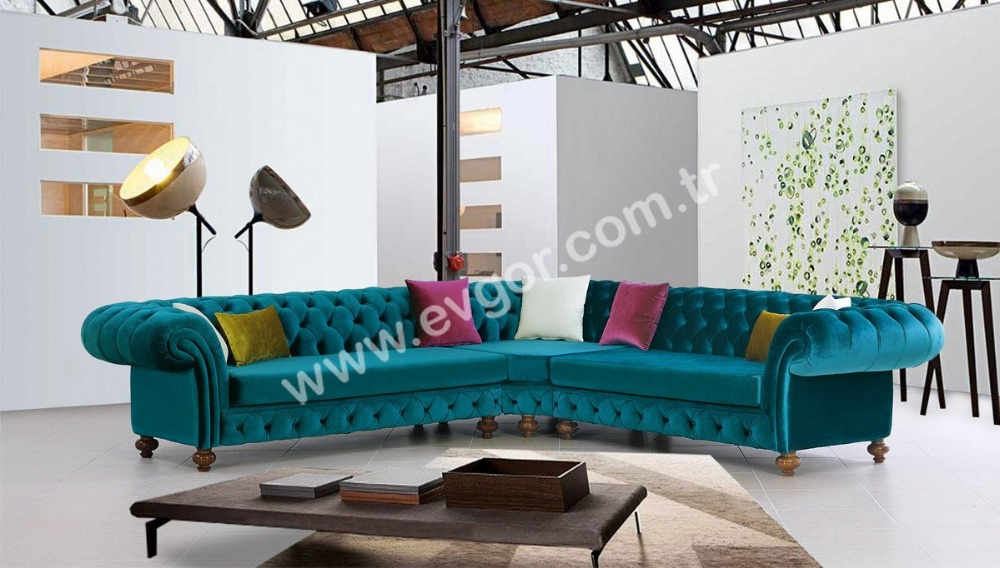 Patra Chester Sofa Set