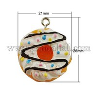 Food Resin Cake Pendants, White, 26x21x11mm, Hole: 2
